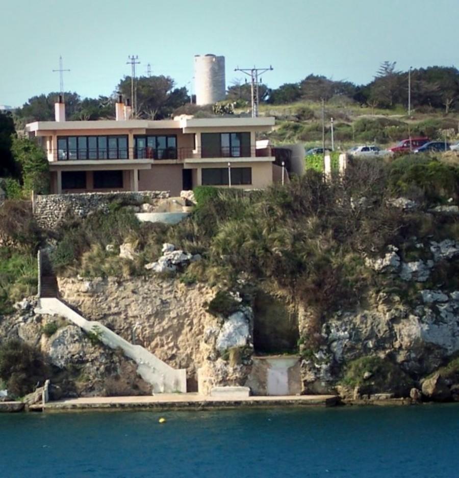 1676: Villa for sale in Es Castell