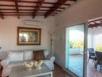 1711: Villa for sale in Punta Prima