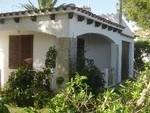 1763: Villa for sale in Punta Prima