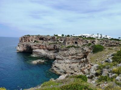 1766: Villa in Es Canutells