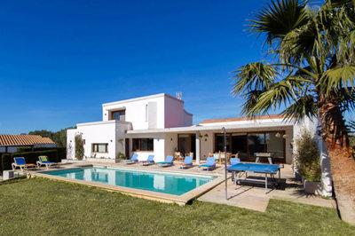 1777: Villa in Binibeca