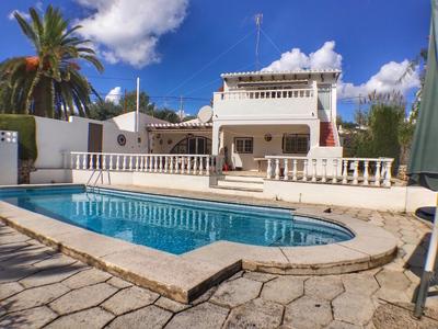 1800: Villa in Son Vilar