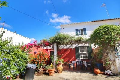 1833: Villa in Sant Lluis