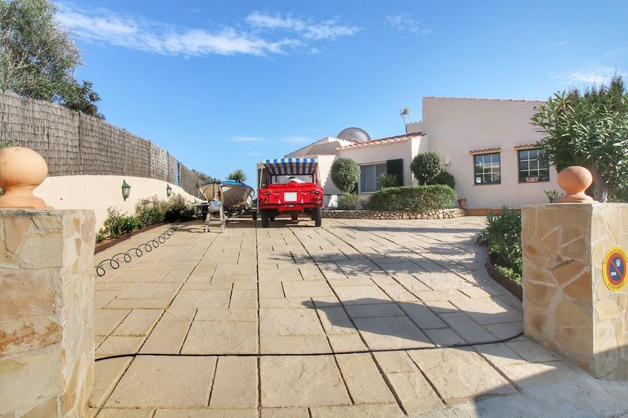 Villa Cala Llonga 3 Bedroom