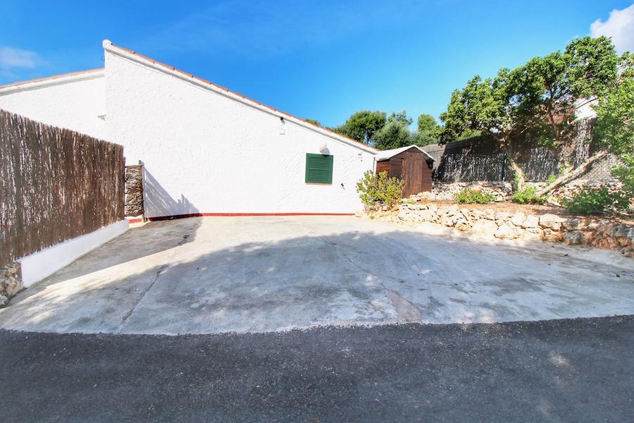 1853: Villa for sale in Binisafua