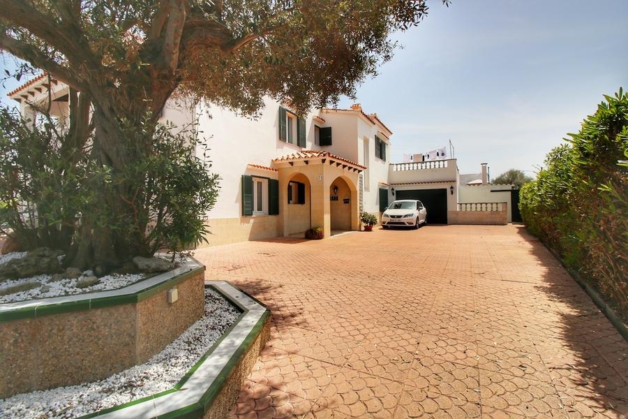 Santa Ana 5 Bedroom Villa
