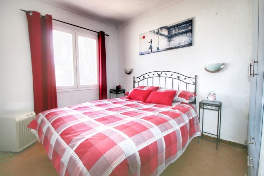 2 Bedroom Punta Prima Villa