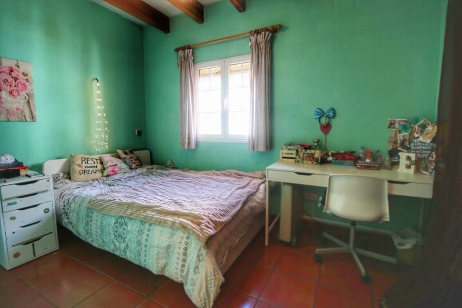 Es Castell Town House 3 Bedroom