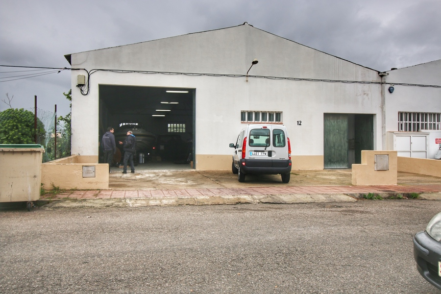 Commercial For sale Es Castell