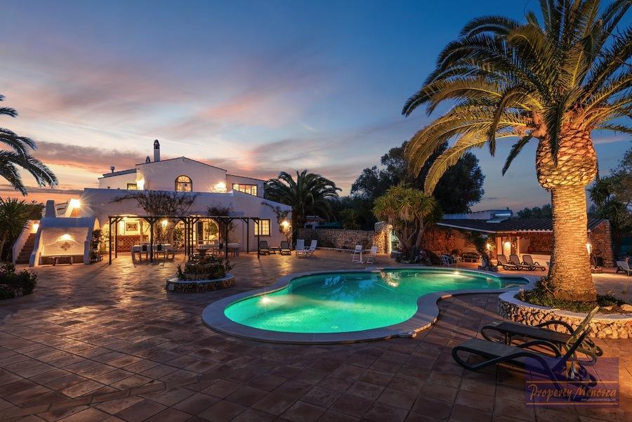 Villa For sale Es Castell