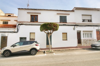 1956: Town House in Es Castell