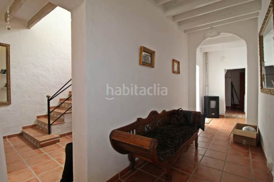 For sale 3 Bedroom Town House