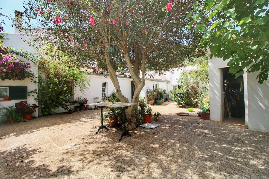 Llucmaçanes Villa For sale 850000 €