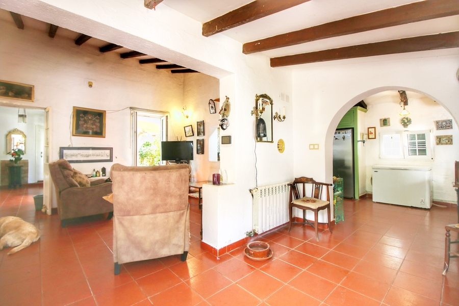 5 Bedroom Llucmaçanes Villa