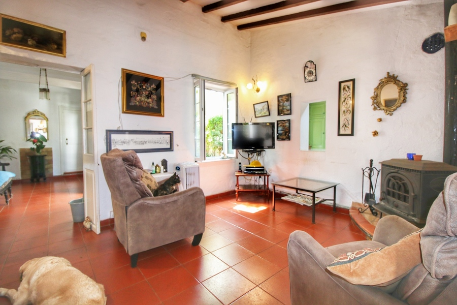 Villa Llucmaçanes 5 Bedroom
