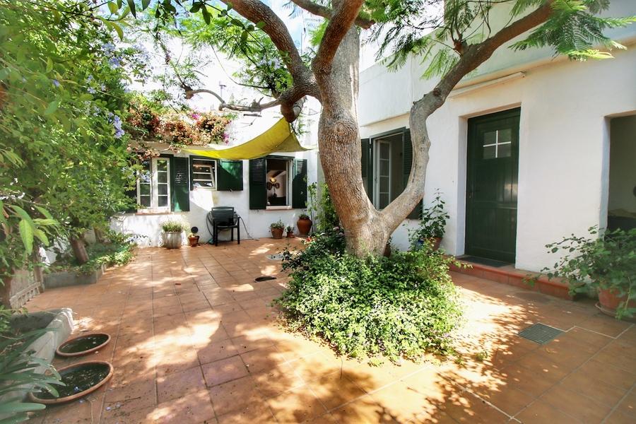 5 Bedroom Villa Llucmaçanes