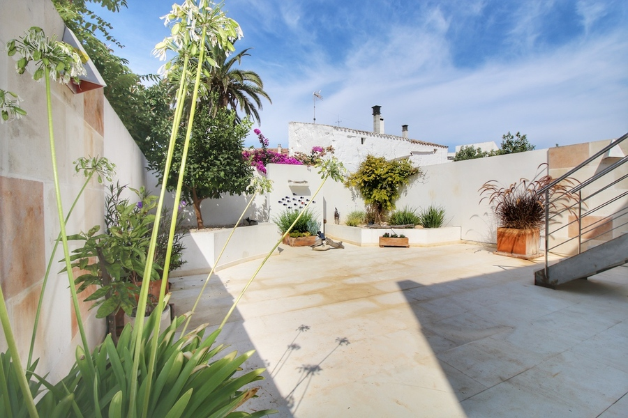 1990: Town House for sale in Sant Lluis