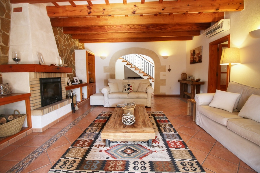 Villa For sale Trebaluger
