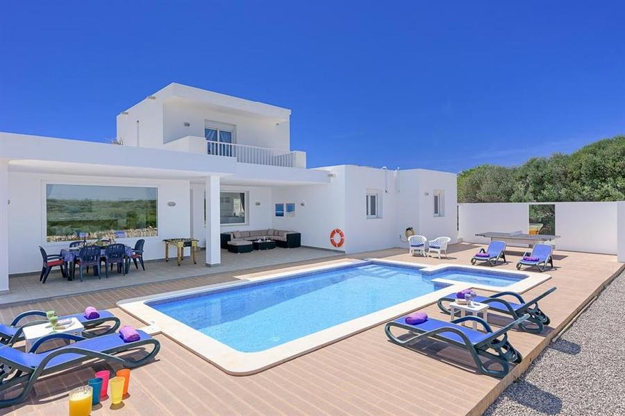 Villa For sale Binibeca