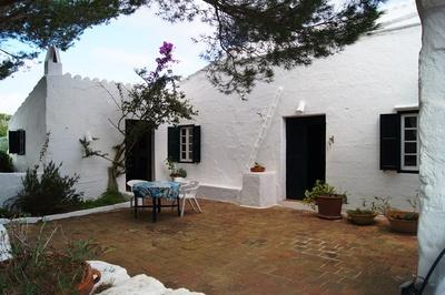2006: Villa in Sant Lluis