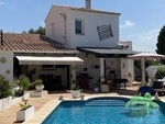 2014: Villa for sale in Binixica
