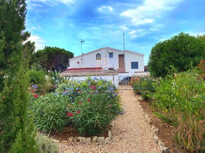 2035: Villa in Alcaufar