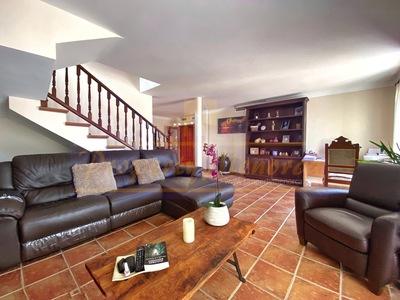 2038: Apartment in Es Castell