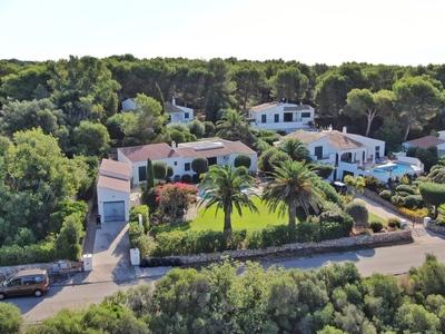 2048: Villa in Binibeca